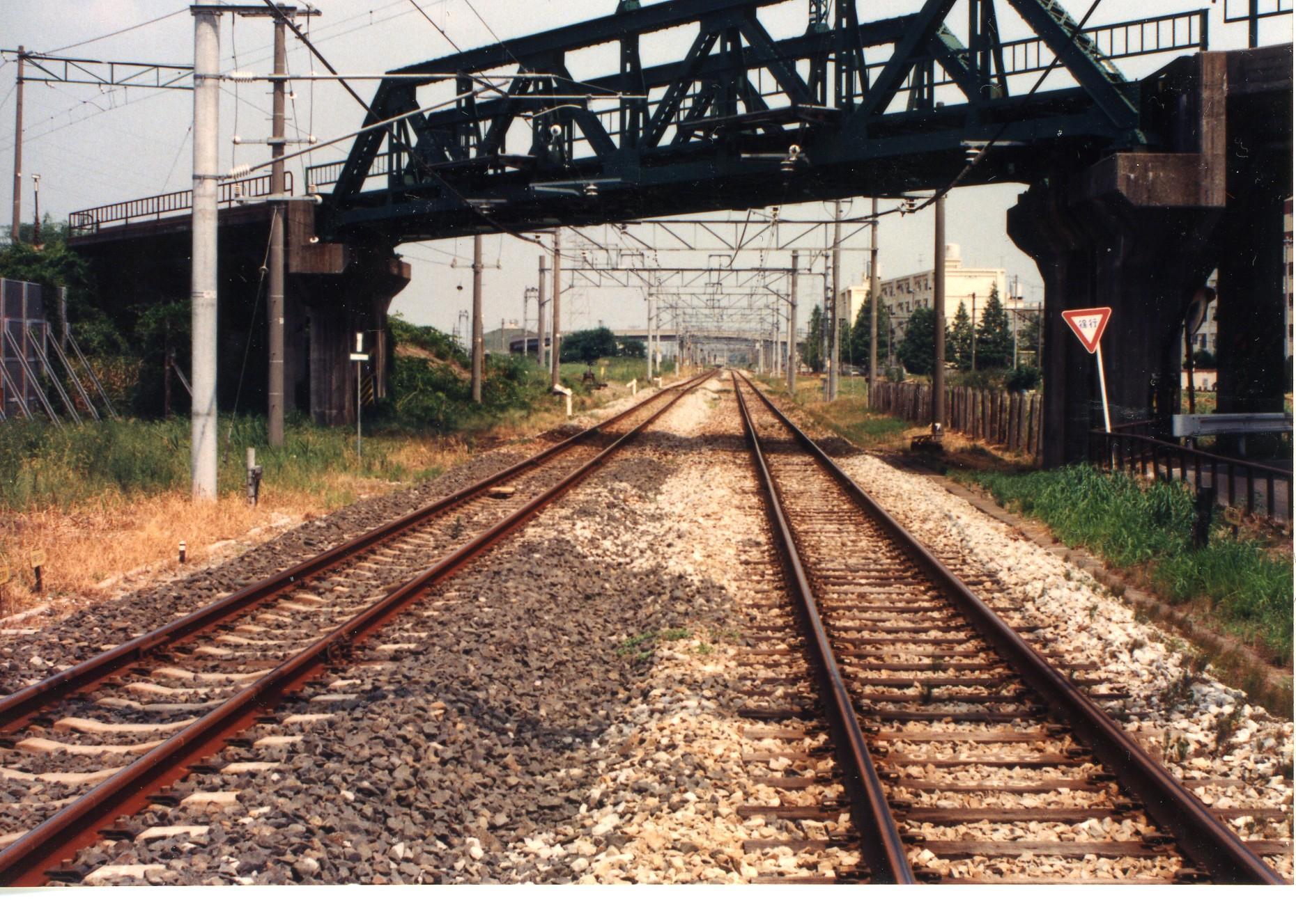 1990080901