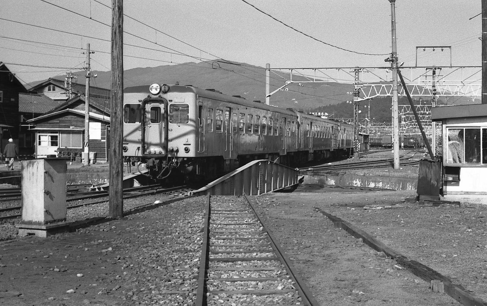 19791228nakatsugawakikanku03