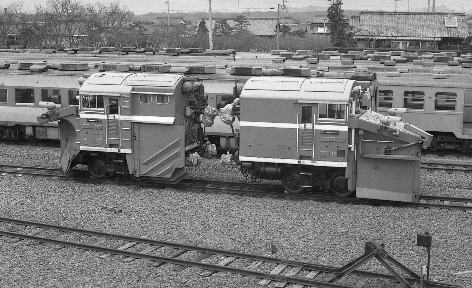 19800405e04