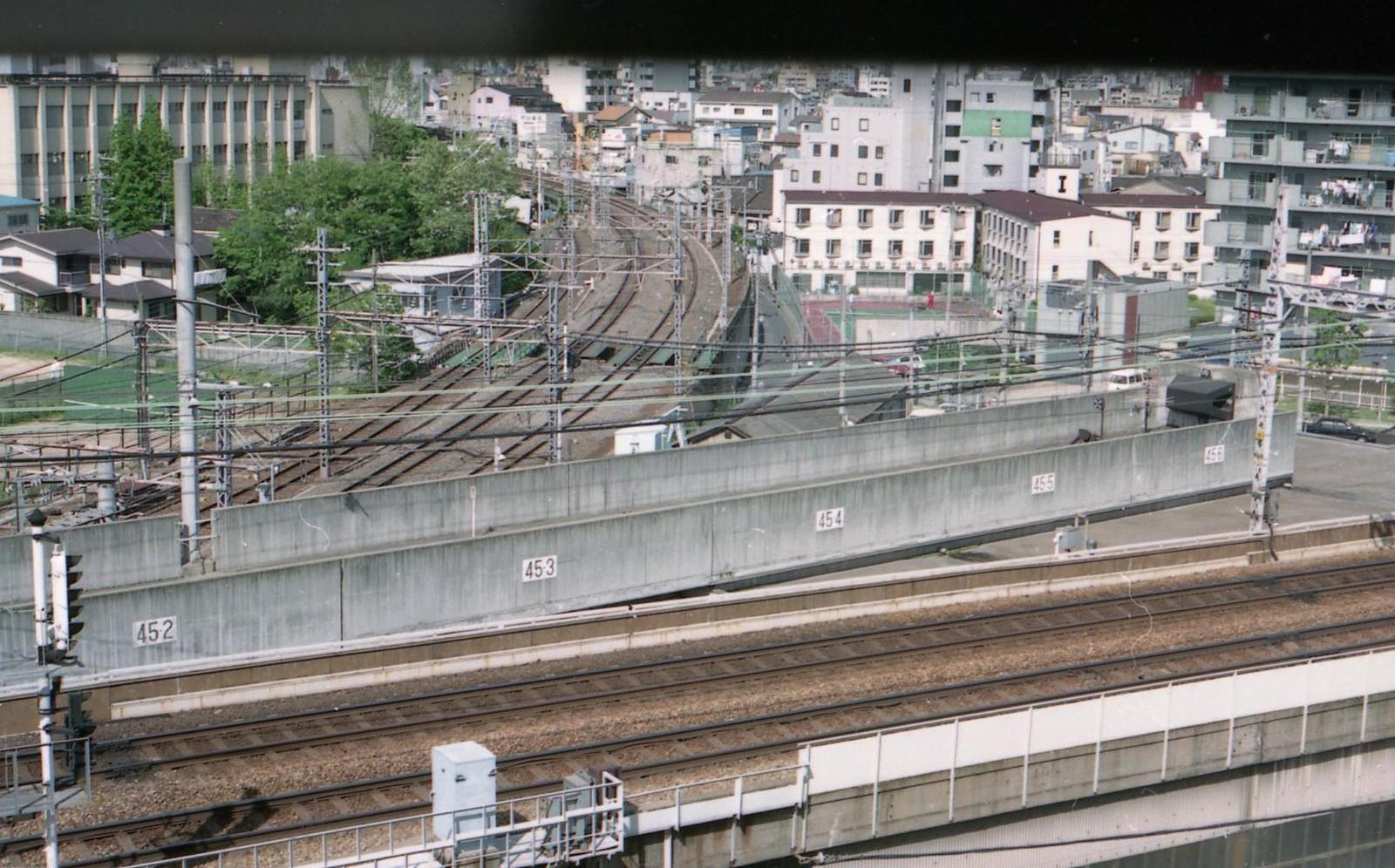 19920510d104
