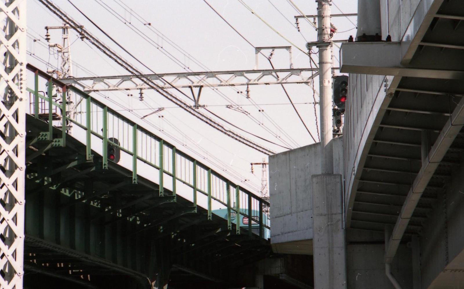 19920510d105