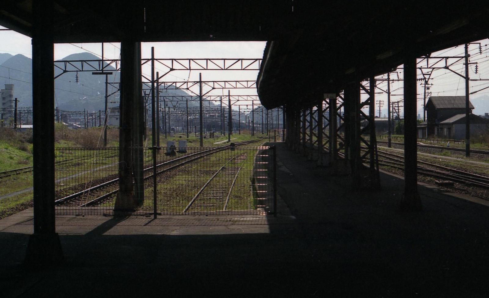 20010401c32