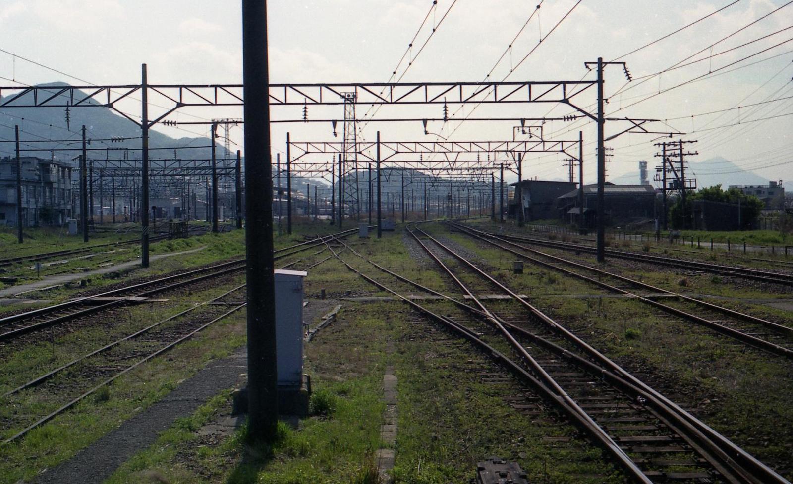 20010401c33