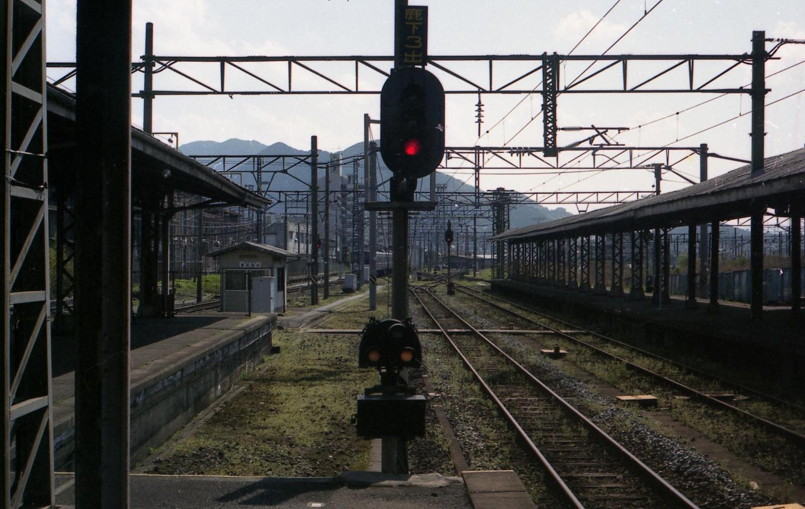 20010401c40