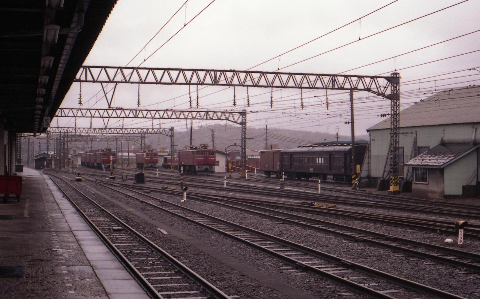 19851108d04